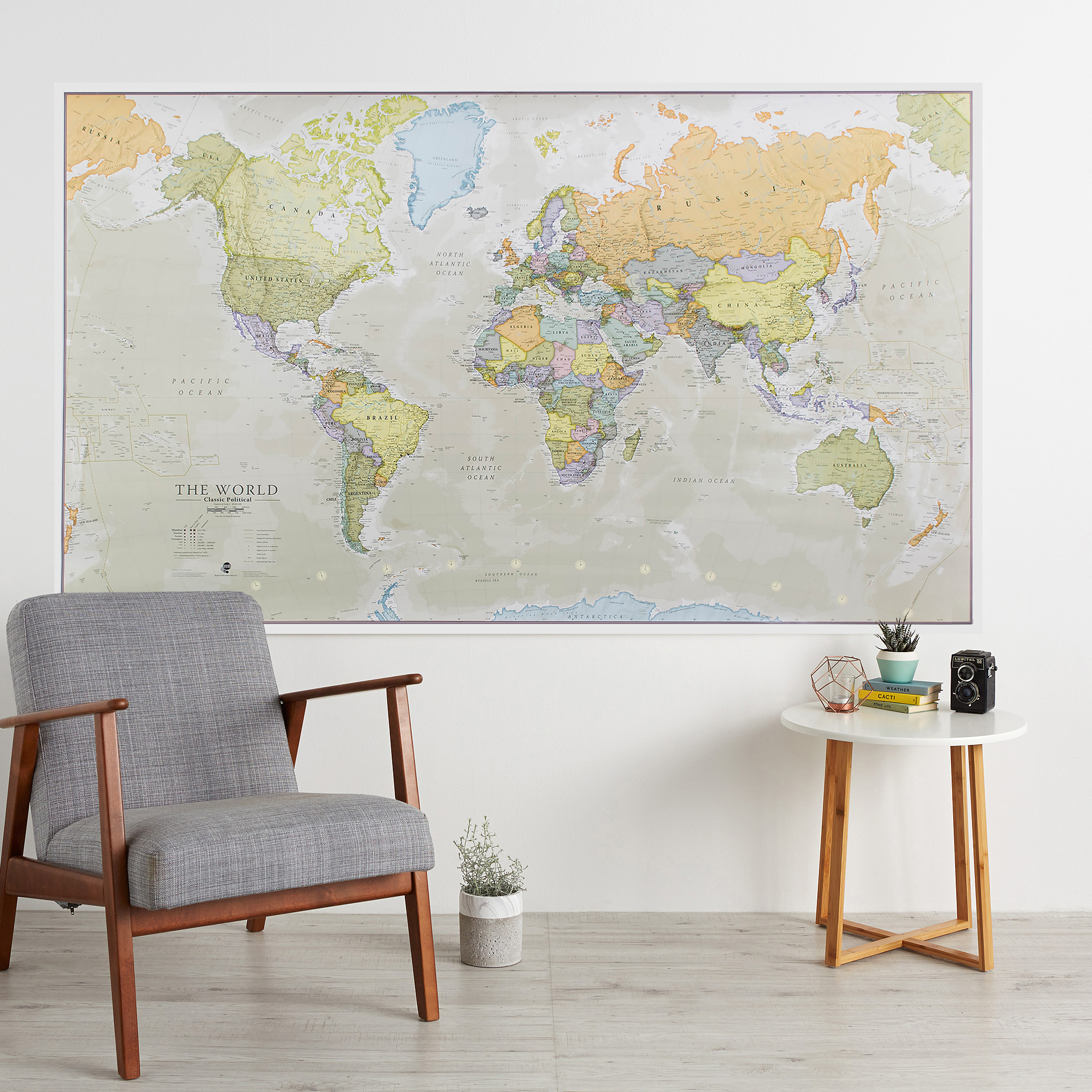 Maps International - The World Political - Huge